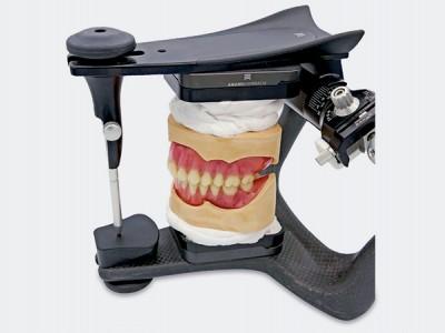 Prótesis completas de ajuste  preciso impresas en 3D